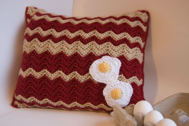 Bacon-and-Eggs-PIllow