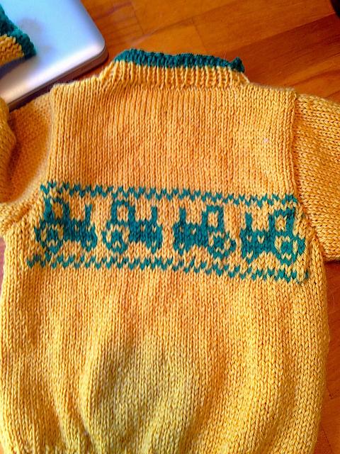 Tractr_Sweater_4_medium2