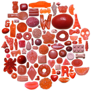 01-red-candies-I
